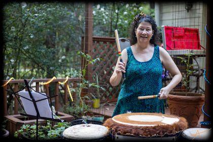 drummer melissa playing dununs
